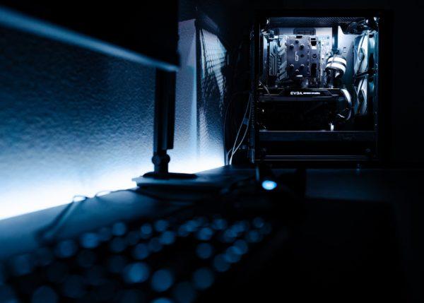 pc gamer windows 10 pro ou famille